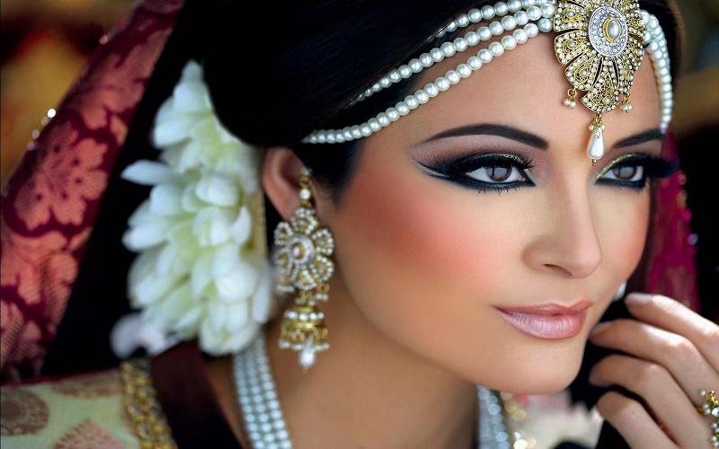 bridal-styling-hair-and-make-up