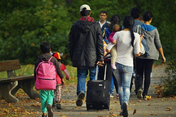 românii migrează
