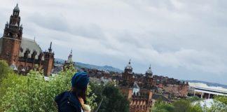 La plimbare prin Glasgow: Istorie, ploaie, scoțieni