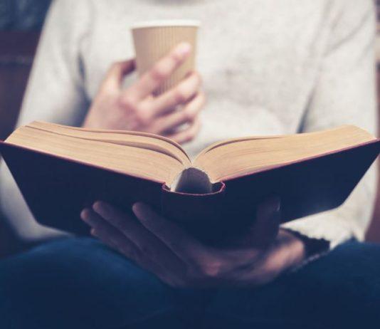 Top 10 citate care te vor face să te îndrăgostești de cărți