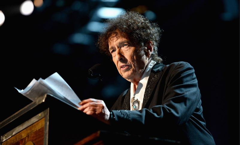 De ce a câștigat Bob Dylan premiul Nobel pentru literatură în 2016