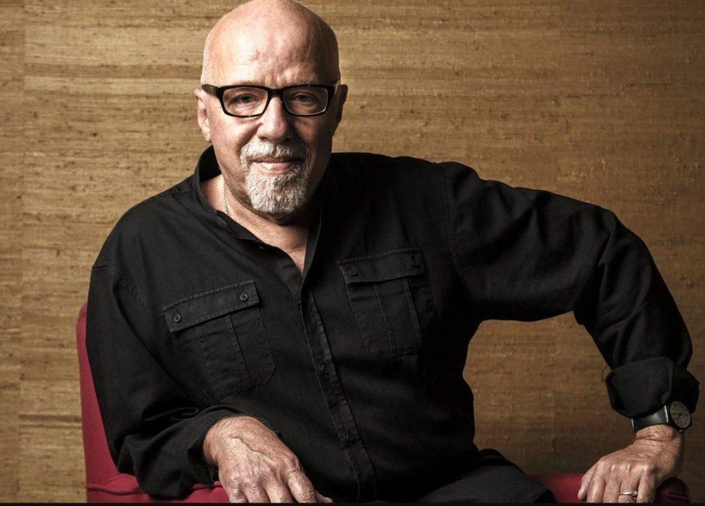 """Paulo Coelho, autorul romanului """"Unsprezece minute"""""""