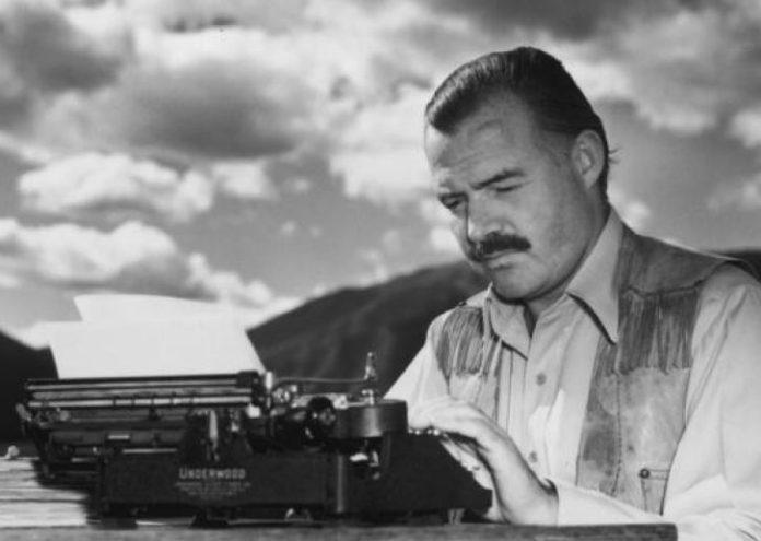 Cei mai cunoscuți scriitori care au ales să se sinucidă