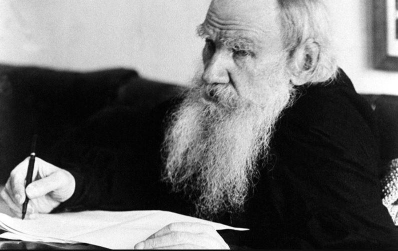 Lev Tolstoi este cel mai cunoscut scriitor rus din toate timpurile