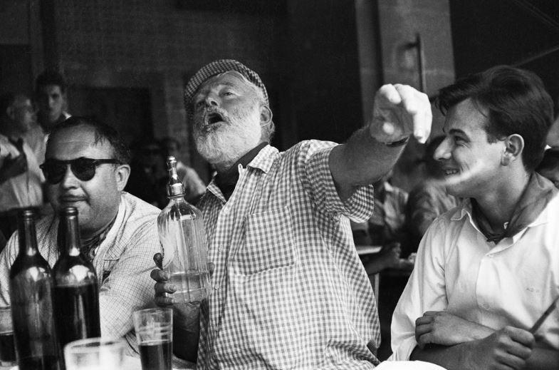 Top 10 scriitori alcoolici